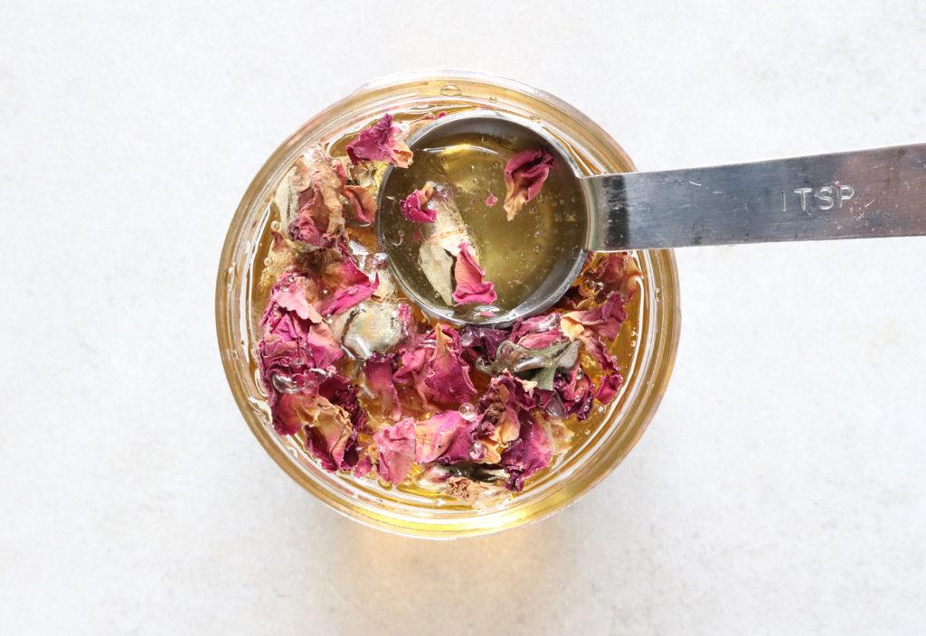 rose tea making