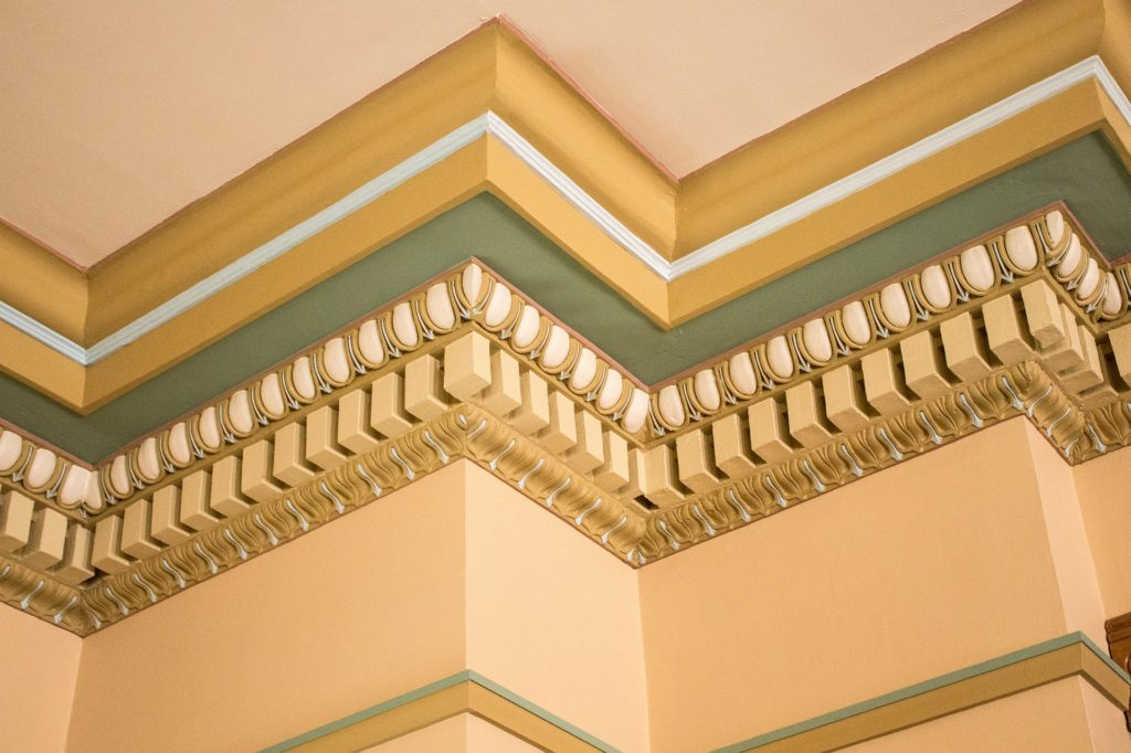 Crown Molding Ornate