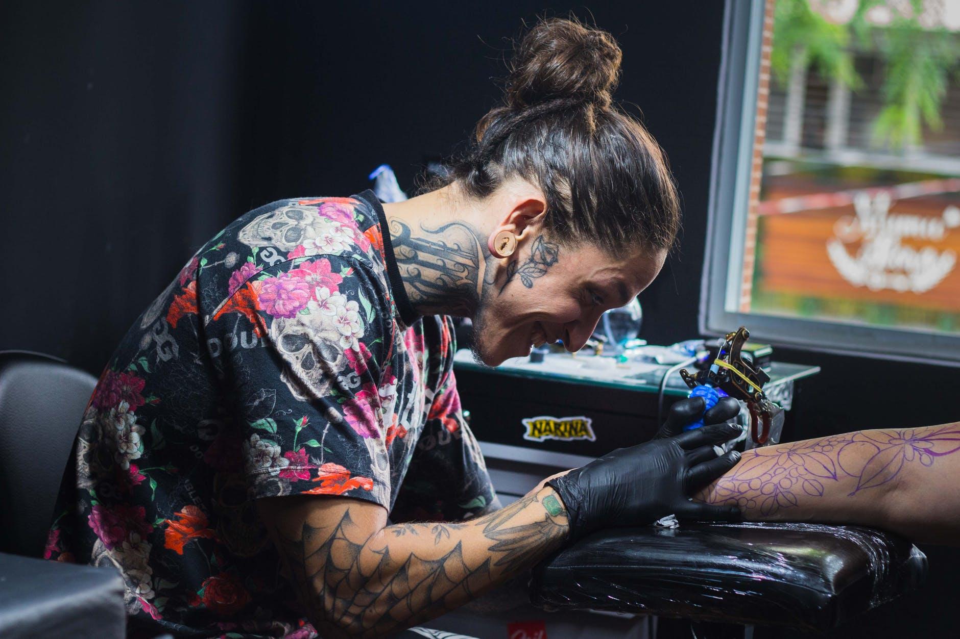 Spray tattoo lidocain Needles and